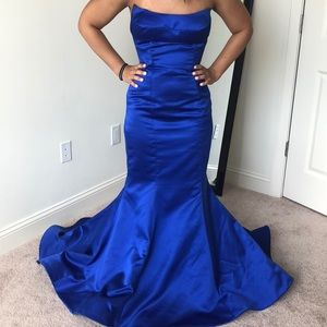 Blue wedding/prom dress